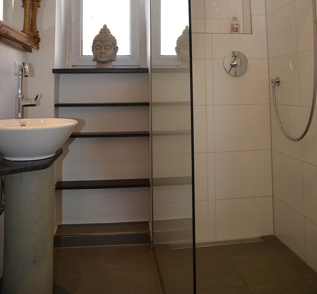 Das Badezimmer Der Mietwohnung Verschönern: Badrenovierung In Der Goethestraße In